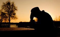 Как отличить плохое настроение от настоящей депрессии? И как справиться с обоими недугами?