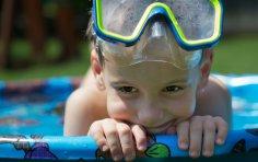 Нужна ли на даче детская площадка?