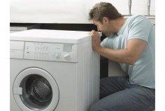 Сломалась стиральная машина... Какие тонкости нужно знать, чтобы её отремонтировать?