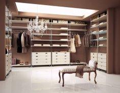 Как устроить гардеробную у себя дома?