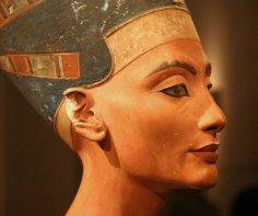 Ученые доказали, что красота Нефертити и Клеопатры является мифом