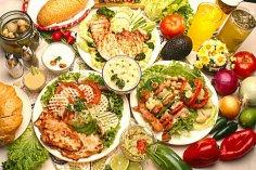 Два месяца употребления жирной пищи 'убивает' сосуды