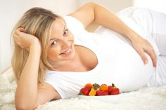 Что нужно есть беременной, чтобы малыш родился без врожденных аномалий развития