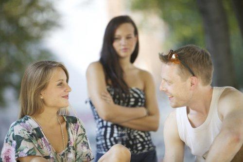 Эмоциональная измена: ты неверна?