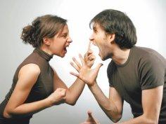 Как вести себя при скандале?  Katharina Wittfeld, Shutterstock.com