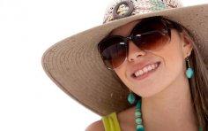 Культ солнца: зачем женщины уничтожают свою красоту в погоне за модой?