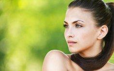Почему красивых женщин боятся?