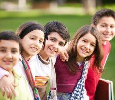 Ребенок начинает учиться дружить. Стоит ли вмешиваться?