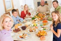 Семейные ужины стали роскошью в Великобритании