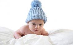 Раннее развитие. Стоит ли учить младенца чтению с трех месяцев