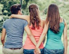 Когда складываются любовные треугольники