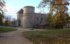 О чём расскажут башни замка Венден?