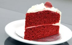 Как испечь к 8 Марта красный бархатный торт