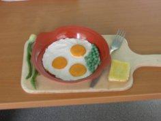 А Вы умеете готовить вкусную яичницу?