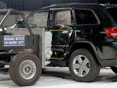 Новый Jeep Grand Cherokee получил высшую оценку в краш-тестах