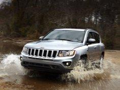 Jeep представил обновленный кроссовер Compass
