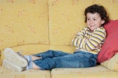 Телевизор способствует или мешает развитию ребенка?