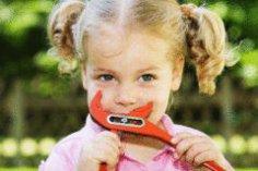 Как прививать ребенку чувство такта?
