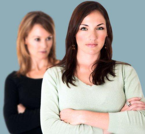 Как связаны привычки обвинять и обижаться?