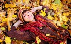 Как избавиться от осенней хандры? Тоска тоской, а смех – по расписанию!