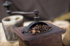 Вам кофе в постель или...? Интересные факты про кофе