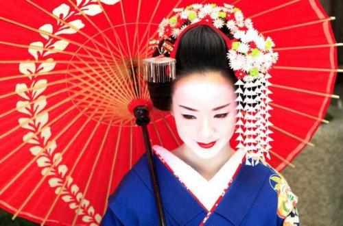 Японские гейши. В чём их главный секрет?