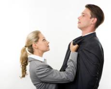Женская агрессия, ПМС и критические дни. Что делать мужчинам и женщинам?