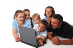 Заменяет ли Интернет живое общение?