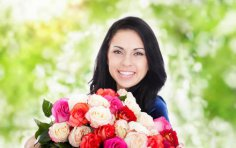 Что подарить любимой женщине? Топ-10 лучших подарков на 8 Марта