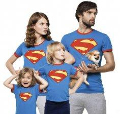 Наклейки на футболках объединяют людей