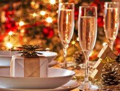 Как приготовить к новогоднему столу оригинальные безалкогольные напитки?