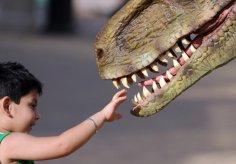 Динозавры на службе человека