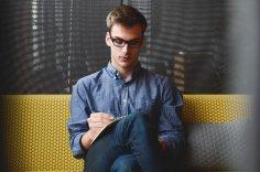 Как найти работу? Должность и резюме