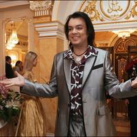 Кризис заставил Киркорова открыть секонд-хенд