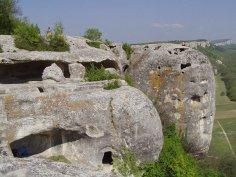 Куда в Крыму можно добраться только пешком?