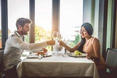 Нужен ли поход в ресторан на первом свидании?