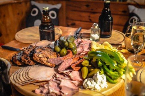 Чем закусывать алкоголь, чтобы минимизировать его вред?