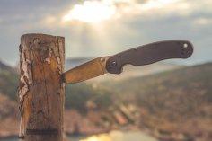 Приметы о ножах - народная мудрость или проявление первобытного мышления?