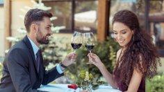 Как понравиться мужчине на первом свидании? Семь приемов чувственности