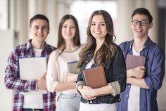В какие приметы верят лишь студенты?