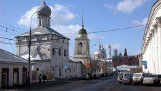 Московские улицы: прогуляемся по Варварке?