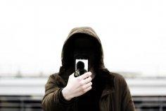 Какое психологическое воздействие оказывает селфи на людей?