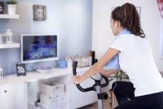 Велосипед или велотренажер - что выбрать для занятий спортом?