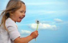 Как играть с ребенком на свежем воздухе?