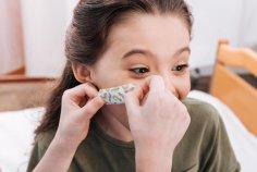 Поможет ли пластырь от мимических морщин?