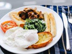 Завтрак связан с восприимчивостью к стрессам