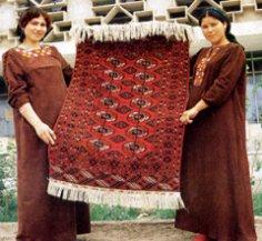 День ковра в Туркменистане: как ручная работа может стать национальным символом?