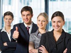 Хорошие отношения между руководителями и подчиненными помогают успеху дела