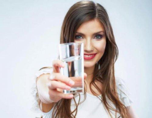 Воду пить полезней, чем лекарства