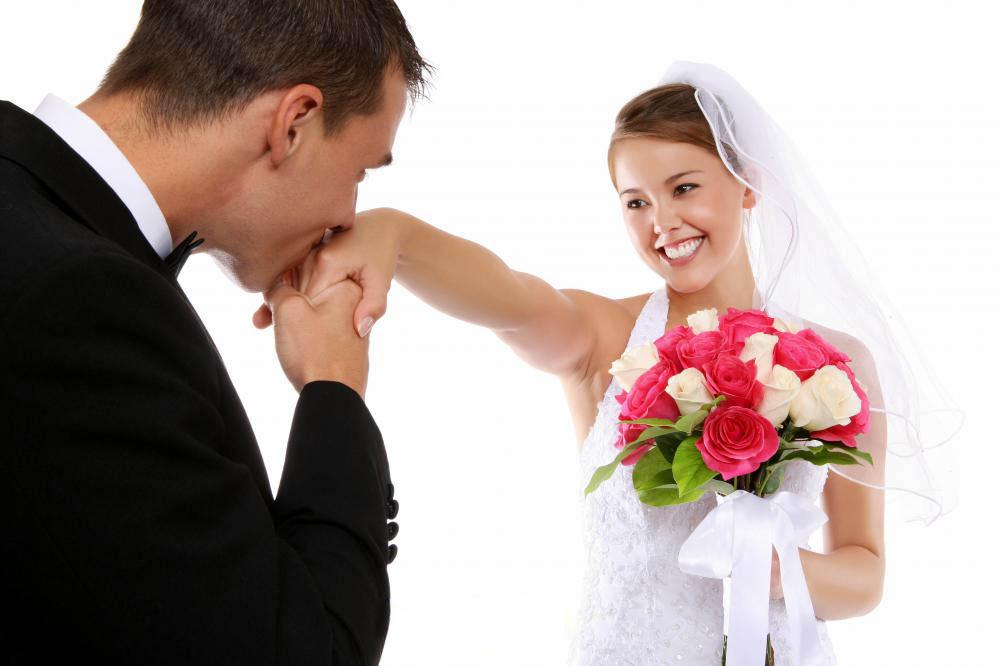 Свадьба, бракосочетание — торжественная церемония, посвященная заключению брака.
